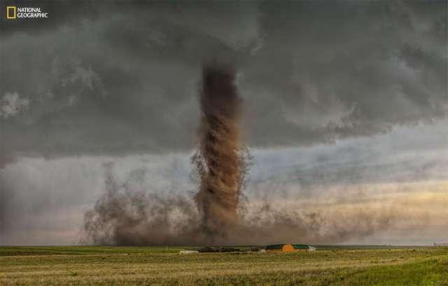 1_Tornado